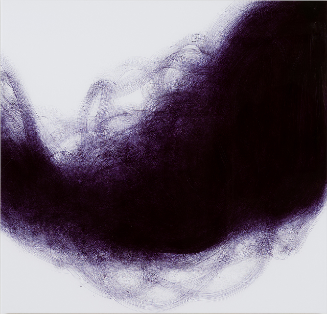 《Dark Ocean, Yellow Sea》 2013年、紙に油性ボールペンで描画、900x937 mm 写真:長塚秀人 提供:アートフロントギャラリー アートフロントギャラリー「椛田ちひろ:影をおりたたむ」展より