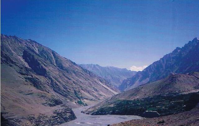 インダス川上流