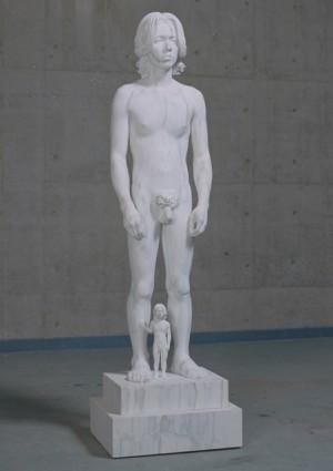 「不安と立像」 2005年 大理石 2200×700×600