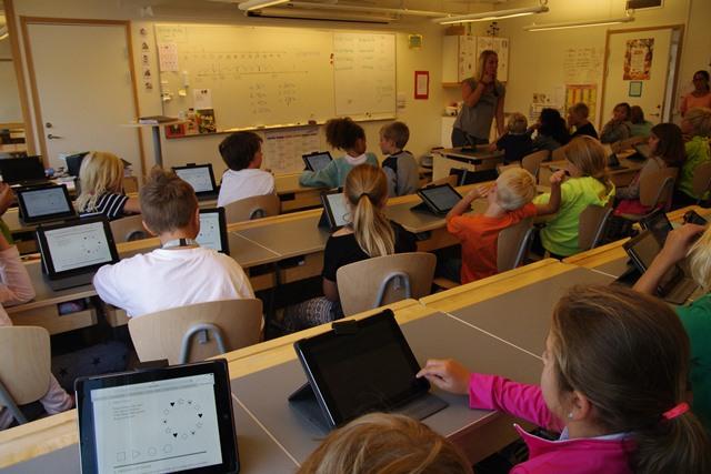 ソレントゥナ市ヤーデス校(Gärdesskolan)教室の風景(1)出所:豊福晋平撮影