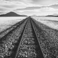 railroad-tracks-1081952_640