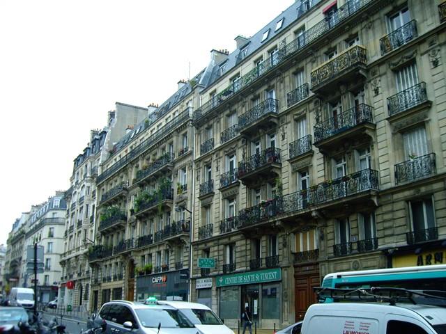 パリに学ぶべきは外観の美しさではなく「集住のスタイル」かもしれない。