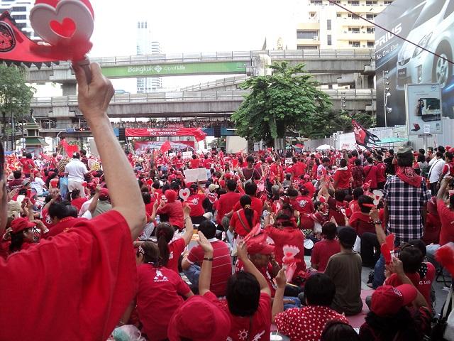 2011年赤シャツのデモ