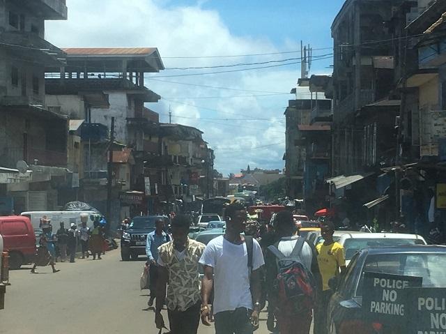 エボラ出血熱――西アフリカ・シエラレオネの人々はいかに対応したのか ...