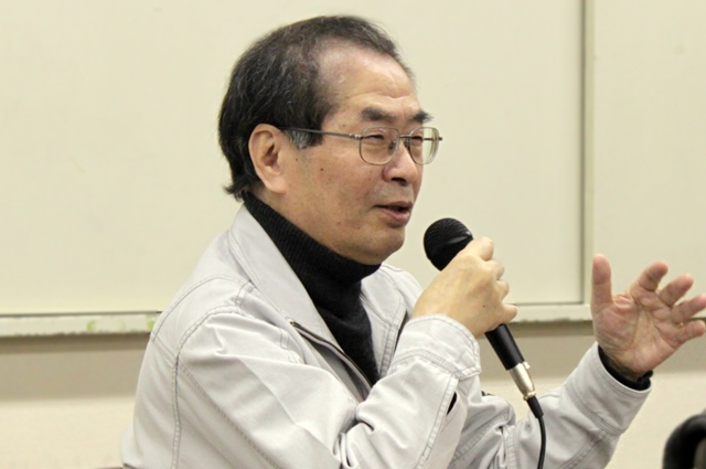 遠藤哲夫氏