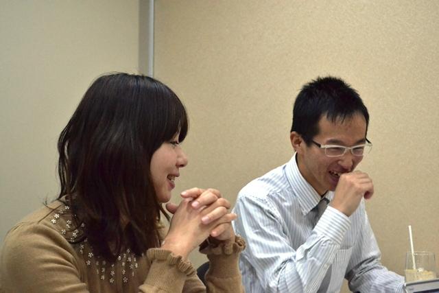 左から塩田宏美さん(33)、福田耕さん(23)