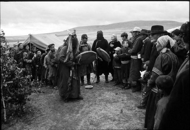 ブリヤート・シャーマンの儀礼 2000年モンゴル国ドルノド県