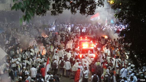 画像「Aksi 4 November」VOA / Fathiyah Wardah https://id.wikipedia.org/wiki/Aksi_4_November