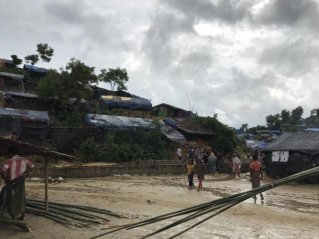 拡大するキャンプ